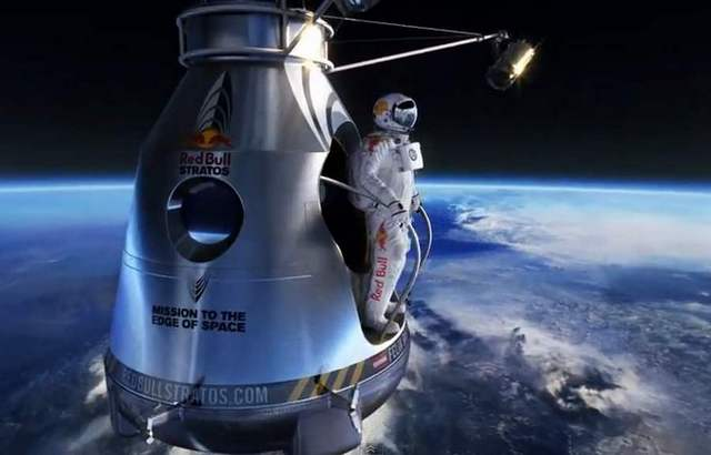 Феликс Баумгартнер прыжок из космоса