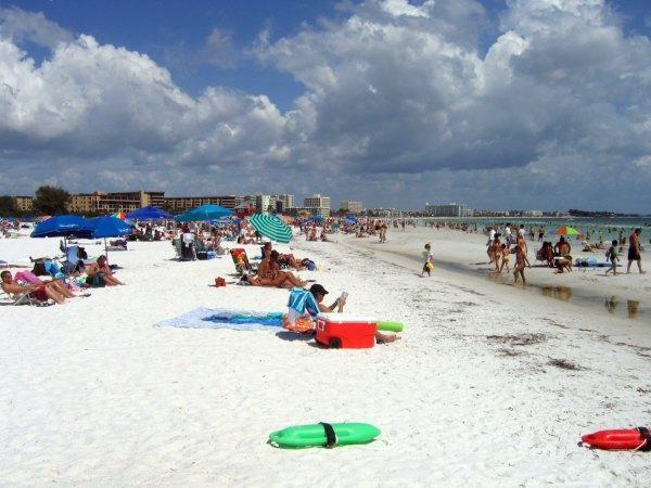 Общественный пляж Сиеста-Ки  штат Флорида, Америка